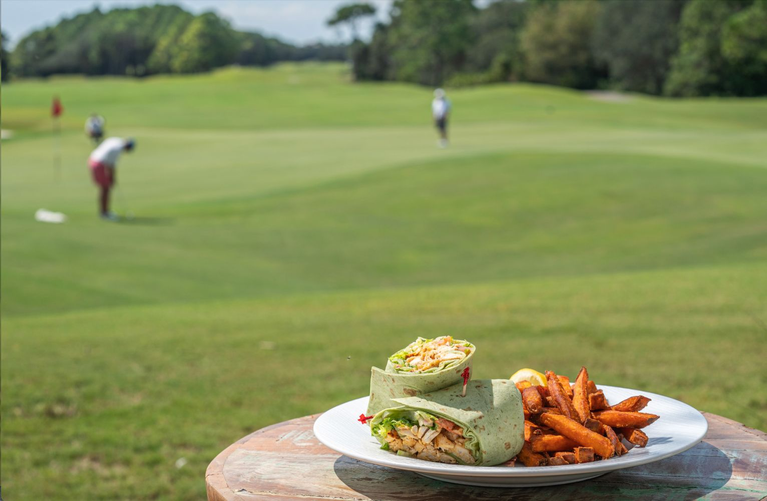 kiva grill lunch with golf background